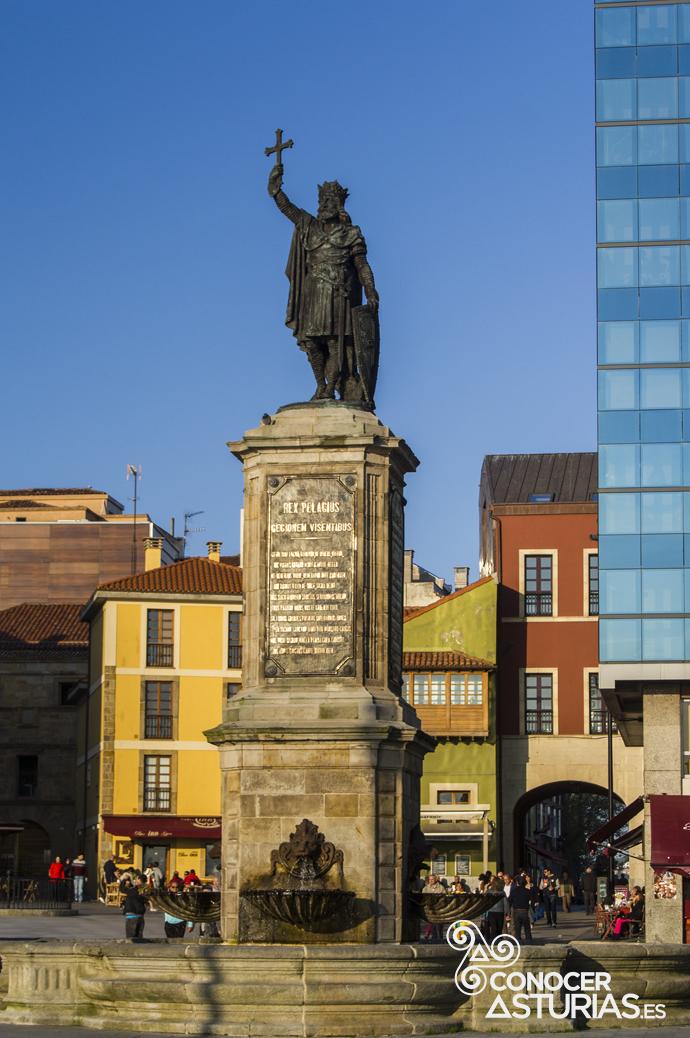 Estatua del Rey Pelayp