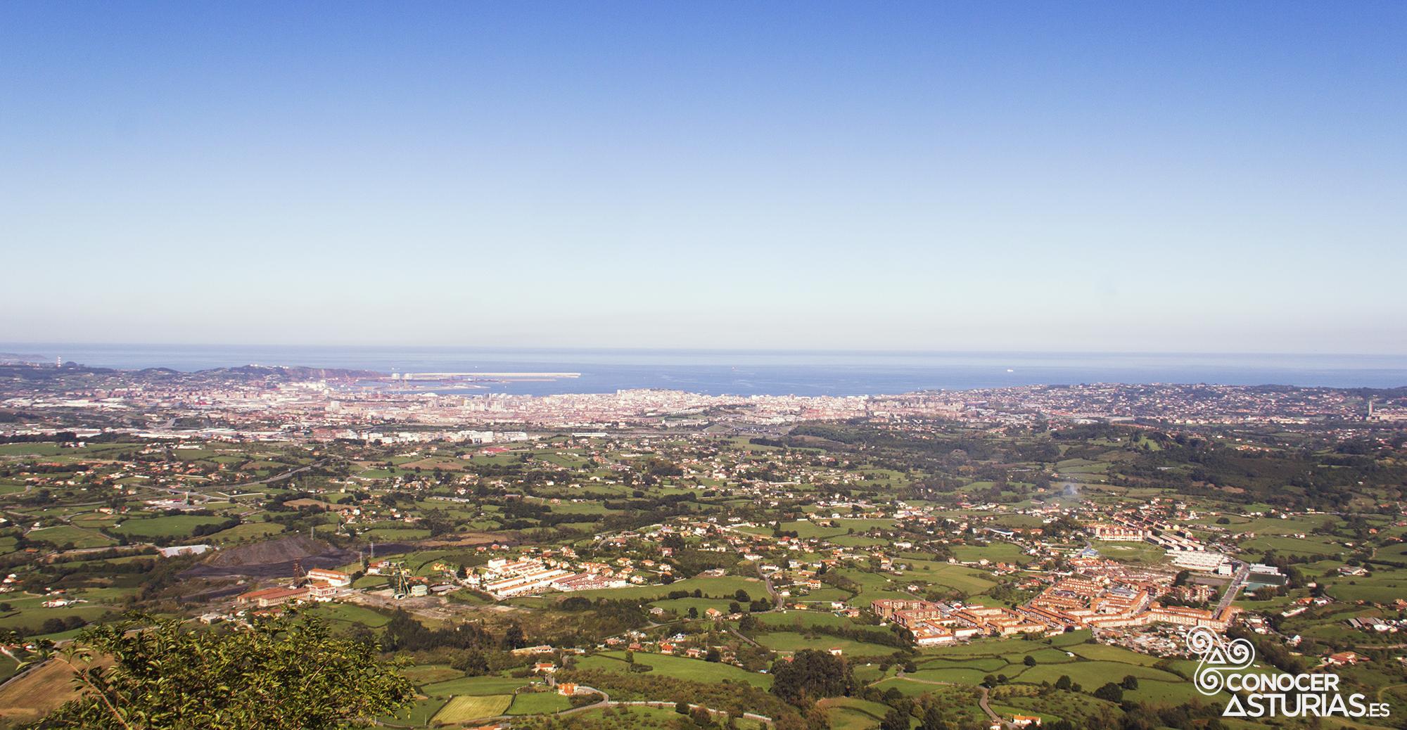 Gijón desde el Pico del Sol